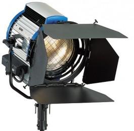 Arri T2 2000w Tungsten Fresnel Light