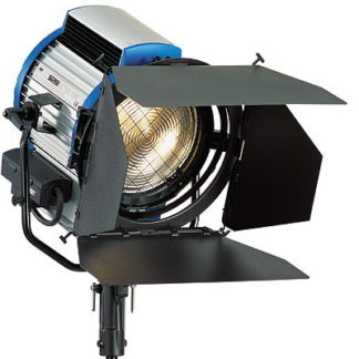 Arri T2 2000w Tungsten Fresnel Light